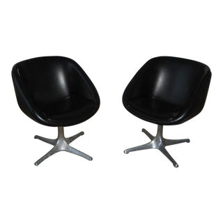 Mid-Century Swivel Pod Chairs - A Pair