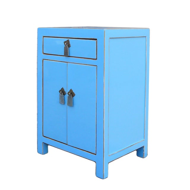 Oriental Pastel Blue Silver Hardware End Table - Image 3 of 4