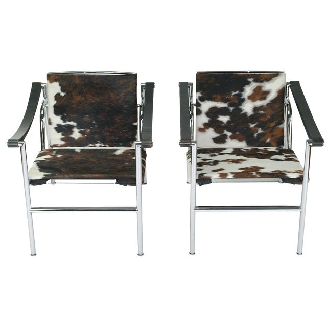 Le Corbusier LC1 Chairs by Cassina - A Pair | Chairish