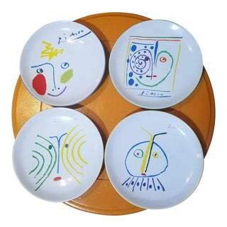 Pablo Picasso Living Masterpiece Crayon Edition Plates - Set of 4