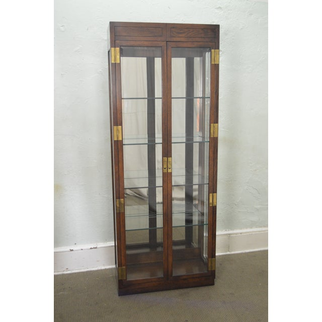 Henredon Campaign Style Lighted Curio Display Cabinet - Image 8 of 11