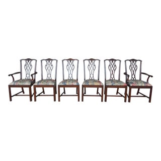 Unique Solid Mahogany Set of 6 Chippendale Style Chairs