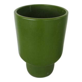 Gainey Chalice Avocado Ceramic Planter