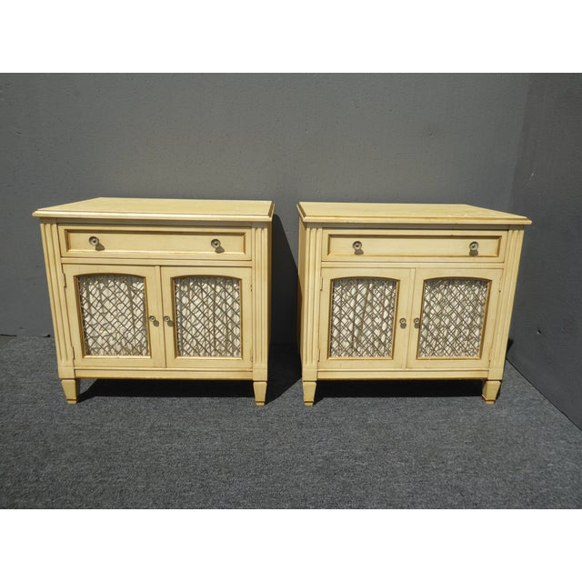 Vintage Kindel French Country Cottage Cream Nightstands - A Pair - Image 5 of 11