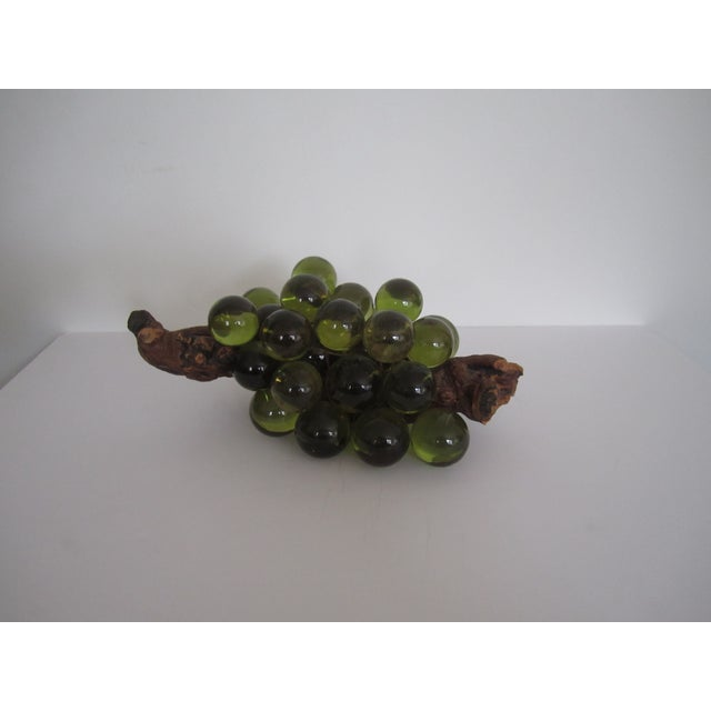 Green Resin Grapes on the Vine - Image 9 of 9