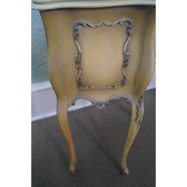 Vintage 1940s Painted Bombe Nightstands - A Pair - Image 8 of 10