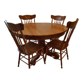 Traditional Oak Drop Leaf Table With Hand-Carved Seats - Set of 5