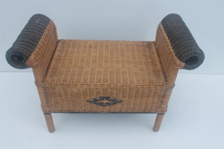 Vintage Wicker Vanity Bench Or Stool   Image 10 Of 11