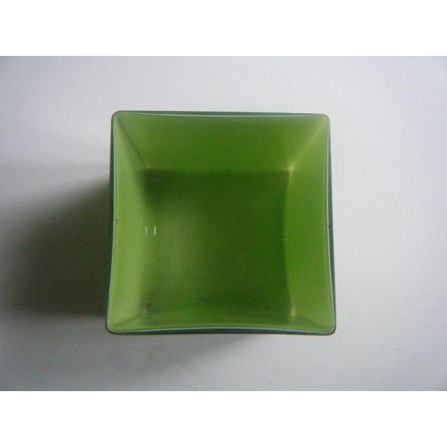 Modern Style Two-Toned Green Square Glass Vase - Image 4 of 4