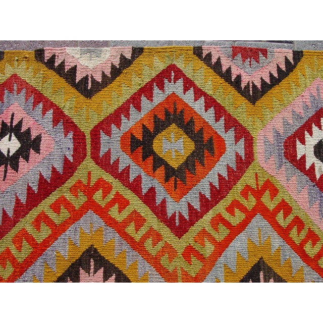 "Image of Vintage Handwoven Turkish Kilim Rug - 5'7"" x 8'10"""