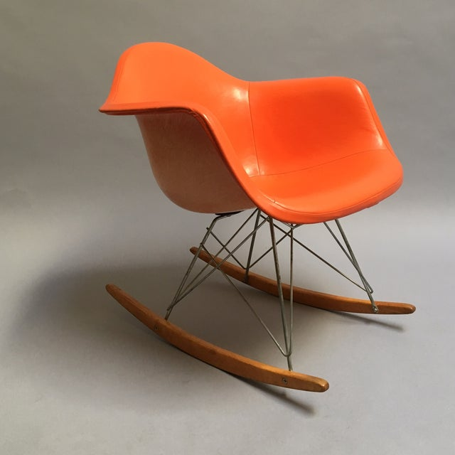 50s original eames rocking chair chairish. Black Bedroom Furniture Sets. Home Design Ideas