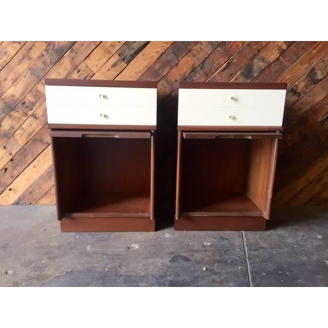 Mid-Century Walnut Nightstands - A Pair - Image 5 of 6