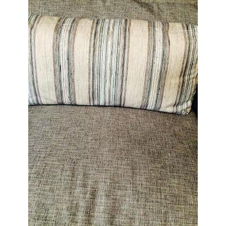 Huntington House Grey and Striped Sofa - Image 5 of 6