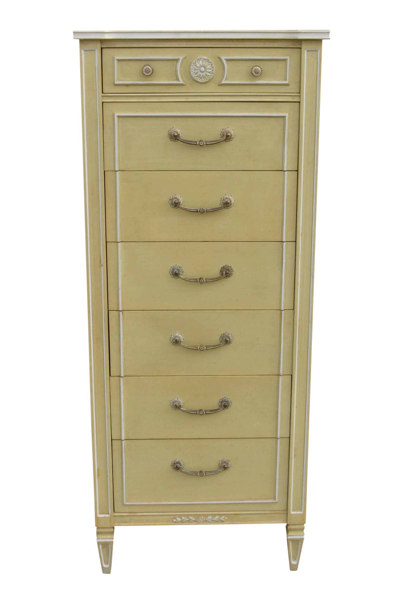 Lingerie chest of drawers