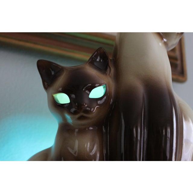Image of Vintage Ceramic Siamese Lamp