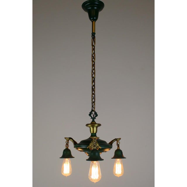 3 Light Pan Fixture in Gold & Green. - Image 3 of 8
