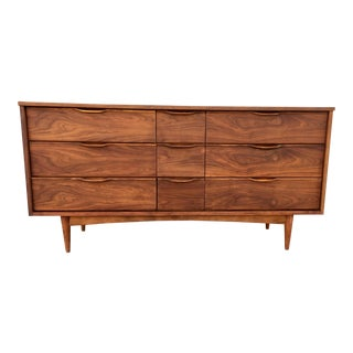Mid-Century Dresser With Sculpted Pulls