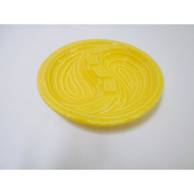 Mid-Century Modern Atomic Yellow Ashtray Dish - Image 3 of 8