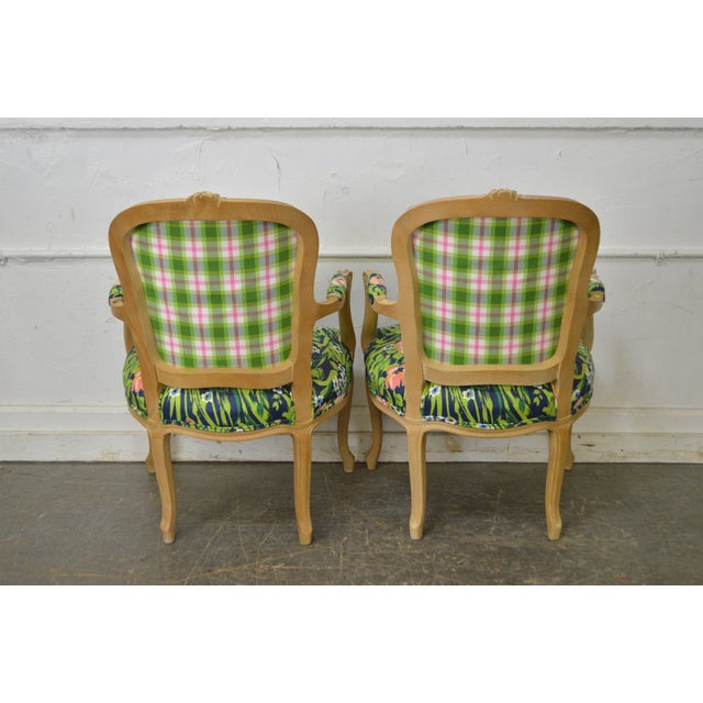 Woodmark French Louis XV Style Pair of Custom Upholstered Arm Chairs (B) - Image 6 of 11