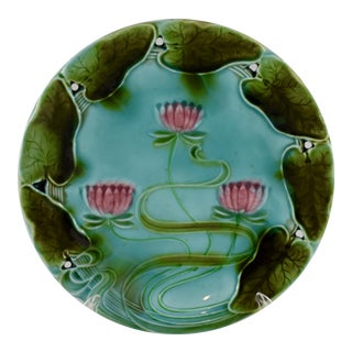 Villeroy & Boch German Majolica Art Nouveau Lily Pad Plate