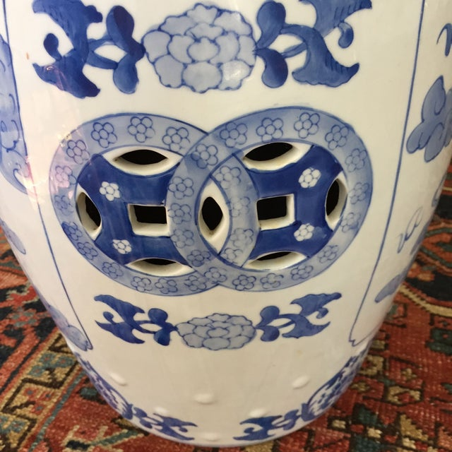 Large Chinoiserie Ceramic Garden Stool - Image 7 of 9