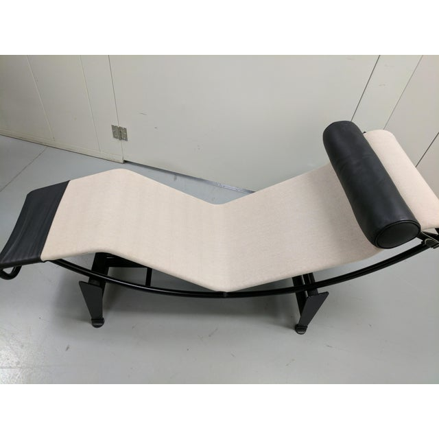 Le corbusier designed lc4 chaise longue chairish for Chaise longue le corbusier precio