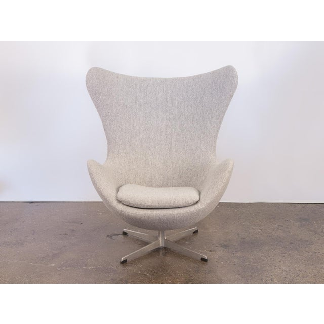 Arne Jacobsen Egg Chair and Ottoman - Image 3 of 11