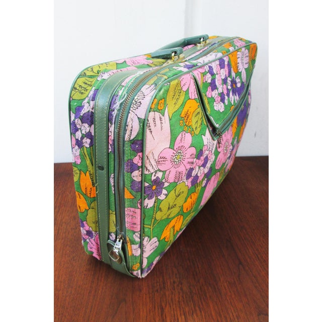Vintage 60's Floral Fabric Overnight Suitcase - Image 3 of 7