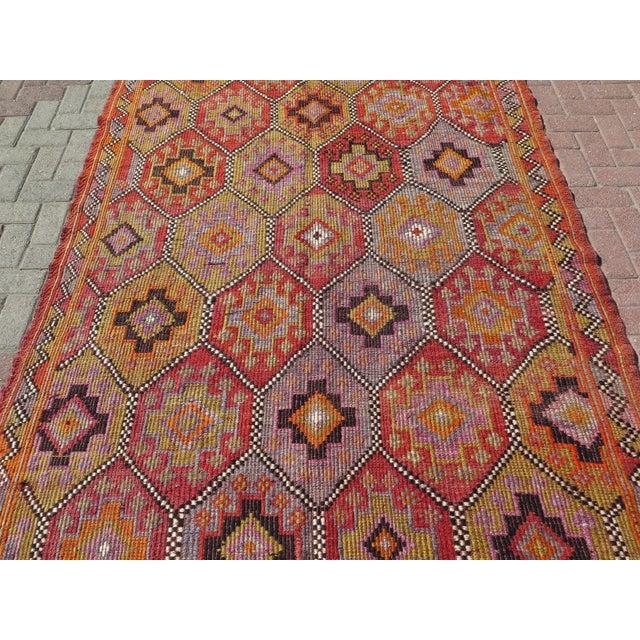 """Vintage Embroidered Turkish Kilim - 5'7"""" x 9'6"""" - Image 3 of 8"""