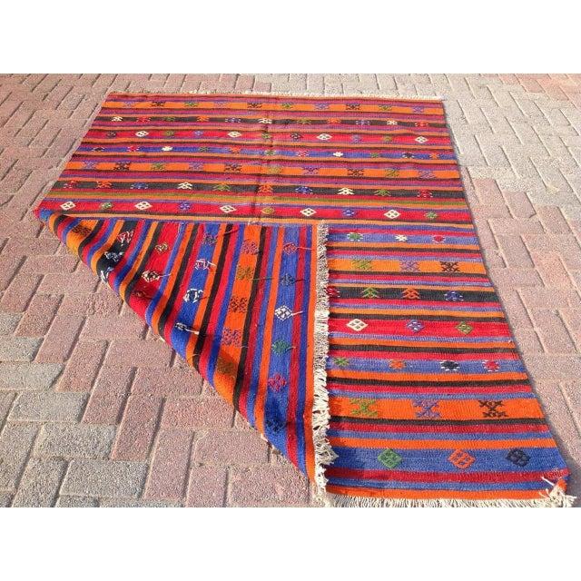 """Vintage Orange Turkish Kilim Rug, 5' 7"""" x 7' 7"""" - Image 5 of 6"""