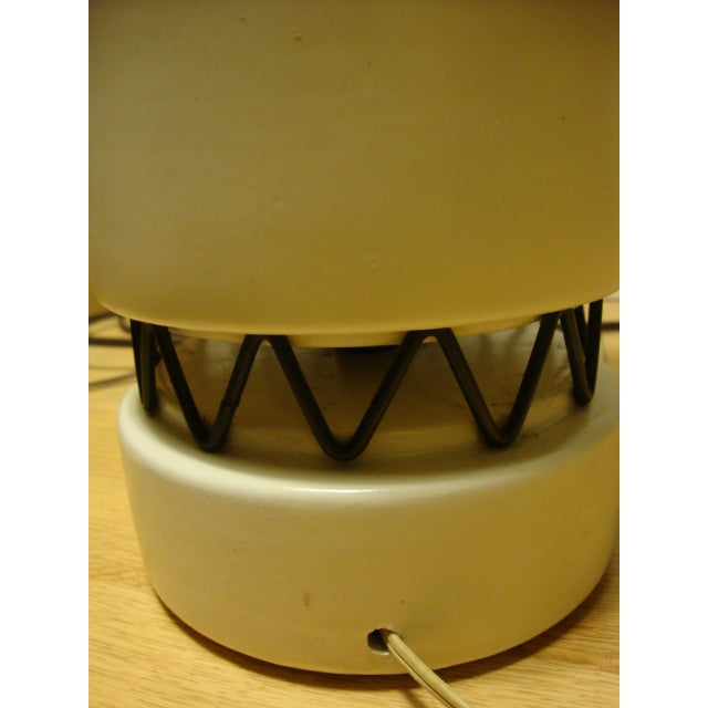 Rembrandt Style Matte White Pottery Lamp - Image 6 of 10