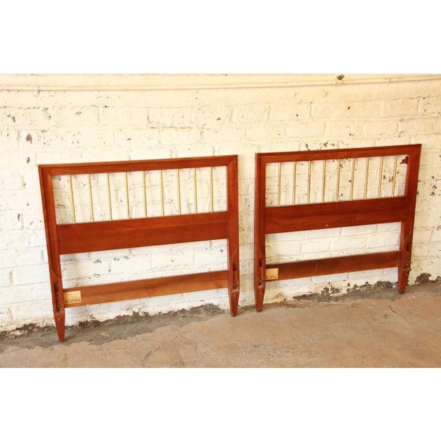 Kindel Furniture Twin Beds