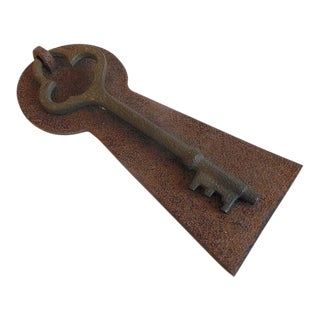 Rusty Rustic Vintage Skeleton Key Door Knocker