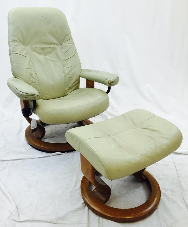 Vintage Ekornes Norway Stressless Chair u0026 Ottoman - Image 2 ...  sc 1 st  Chairish & Vintage Ekornes Norway Stressless Chair u0026 Ottoman | Chairish islam-shia.org