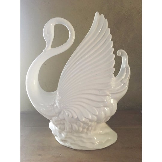 Mid-Century Modern California Pottery White Swan TV Lamp/Planter - Image 2 of 4