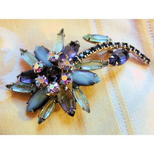 Image of Vintage Blue Juliana Rhinestone Flower Brooch