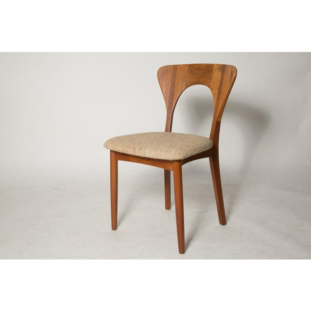Image of Mid-Century Modern Key Hole Dining Chair