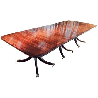 Dining Table in Solid Mahogany