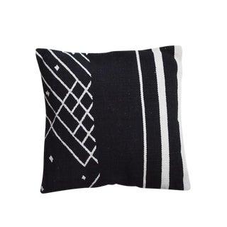 Palm Canyon Pillow