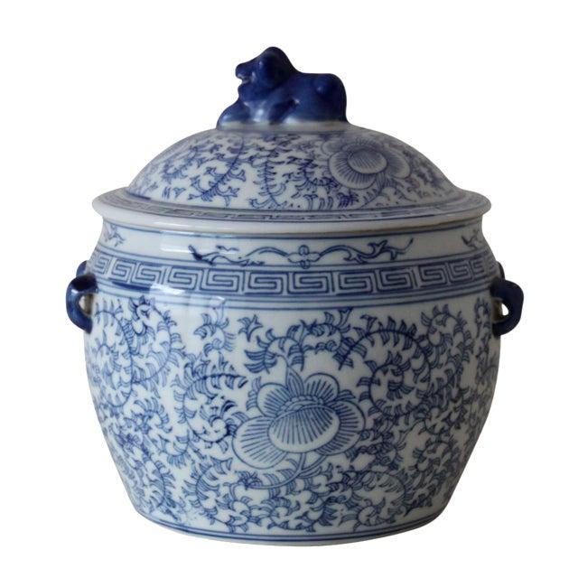 Image of Blue & White Chinese Foo Dog Jar