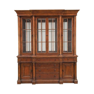 Thomasville Traditional China Cabinet