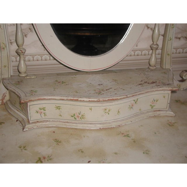 Flowered French Vanity With Mirror & Glove Box - Image 4 of 8