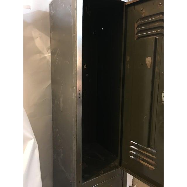 Old English Polished Metal Locker - Image 10 of 11