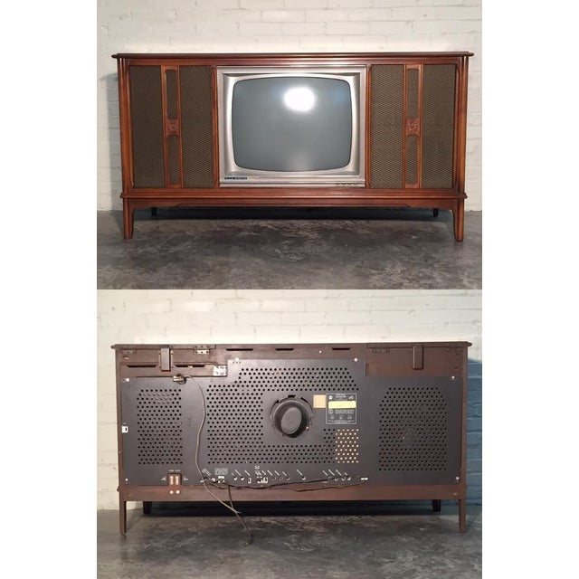 Mid-Century Television Stereo Console - Image 9 of 10