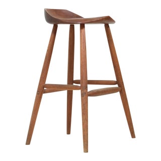 Hugh Davies Walnut Studio Crafted Bar Stool, USA, 1970s