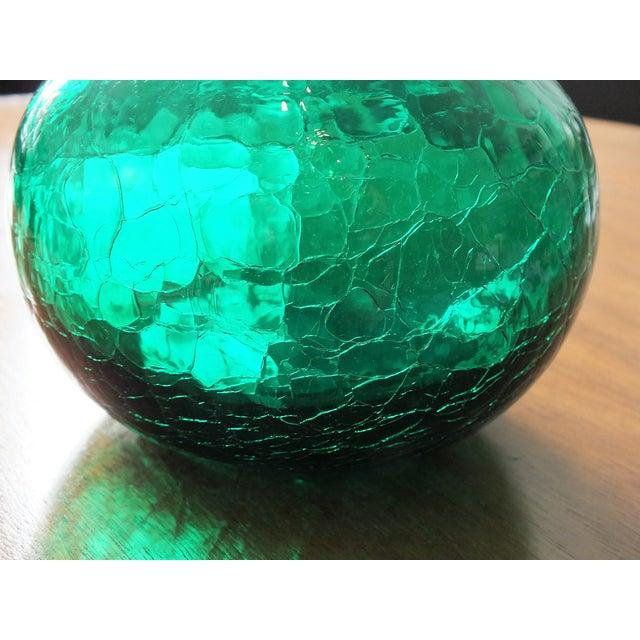 Vintage Blenko Emerald Green Crackle Glass Bottle - Image 4 of 7