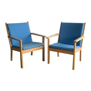 Vintage Hans Wegner GE 284 Easy Chairs - Pair
