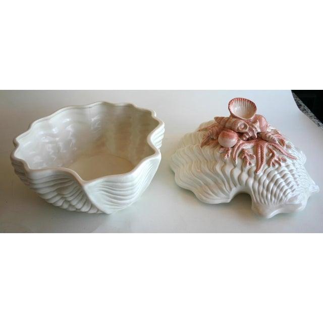 Fitz and Floyd Seashell Soup Tureen - Image 3 of 6