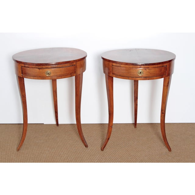 Pair of Early 19th Century Walnut Gueridons - Image 2 of 8