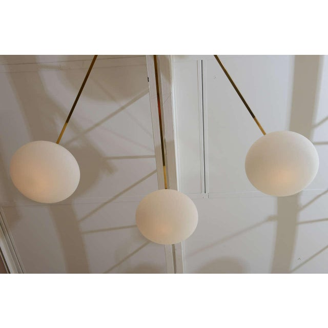 Mid-Century Modern Ten-Opaline Shade Chandelier in the style of Arredoluce - Image 4 of 10